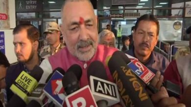 Photo of Do they want to turn India into Pakistan, Giriraj asks Cong, RJD
