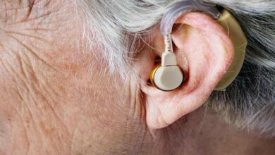Photo of Wearing hearing aids can improve brain function, says research