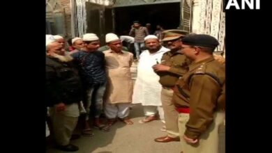 Photo of Delhi police meet Muslim clerics for confidence building