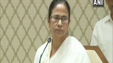Photo of Priority is to maintain peace in Delhi: Mamata Banerjee