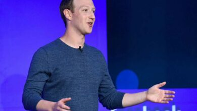 Photo of Facebook CEO calls for regulating harmful online content