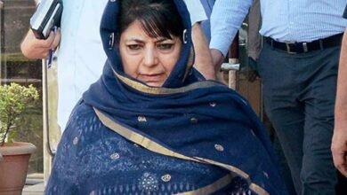 Photo of Mehbooba Mufti's daughter wants her mother's name changed in passport