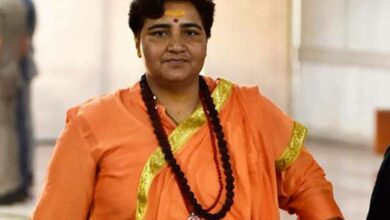 Photo of BJP spokesman calls Sadhvi Pragya 'murkh'