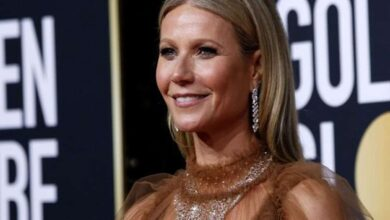 Photo of Gwyneth Paltrow hosts makeup-free dinner