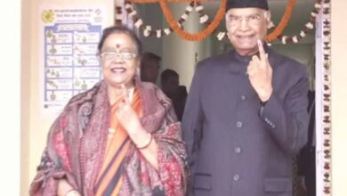 Photo of President Kovind, wife cast vote for Delhi Assembly elections