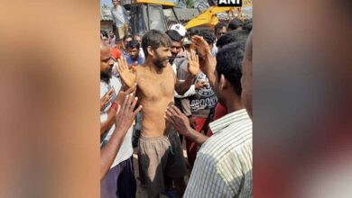 Photo of Karnataka man who fell into 15-feet deep hole rescued
