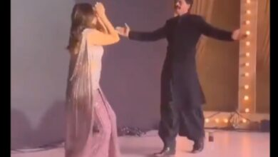 Photo of Video of Shah Rukh Khan, Gauri Khan dancing at reception goes viral