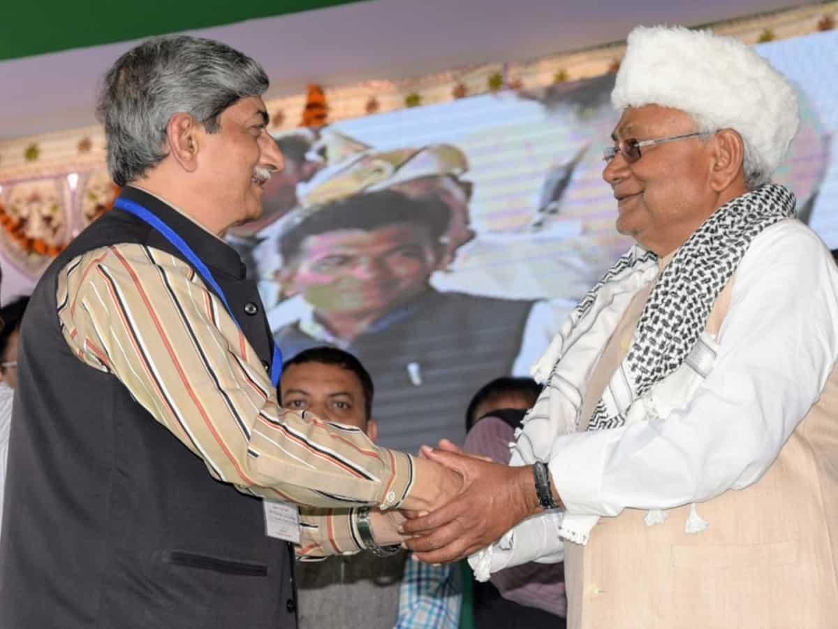 Nitish Kumar lays foundation stone of MANUU hostels at Darbhanga