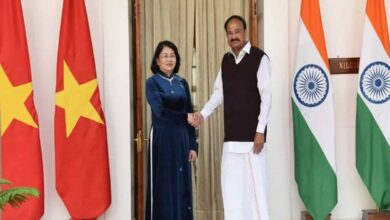 Photo of Vice President Naidu holds talks with Vietnamese counterpart