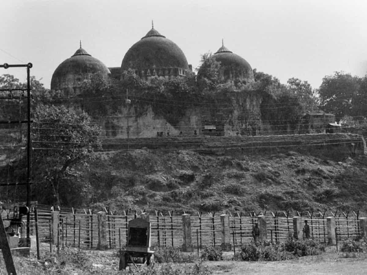 Babri mosquBabri mosque at Ayodhya demolished on 6th December 1992