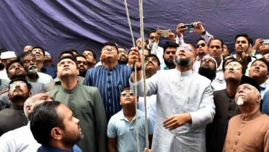 Photo of AIMIM prez Owaisi hoists flag on party's 62nd foundation day