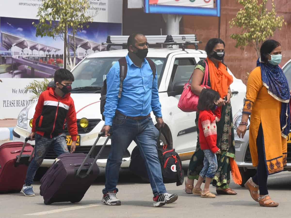 International passengers returning to Hyd defy govt rules