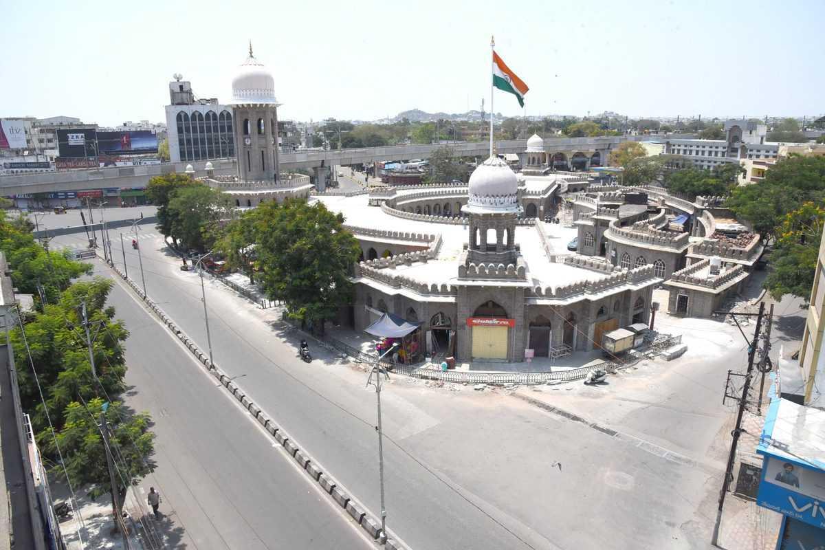 21-day lockdown: Moazam Jahi Market road wears a deserted look