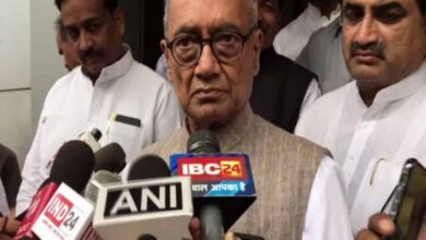 Photo of Digvijaya roars back at Scindia: 'One tiger lives in a forest'