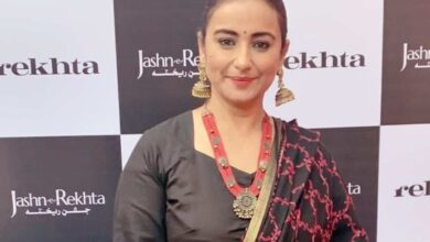 Photo of I refrain from commenting on socio-political issues: Divya Dutta