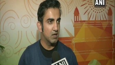 Photo of Gambhir recalls his days with Dhoni as roommate