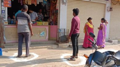 GHMC asks citizens to pick up groceries from safe distance