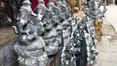 Photo of Muslims make metal statues, Hindus worship them