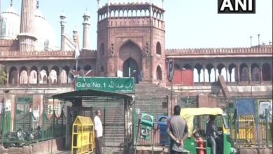 Photo of Only 10 devotees offer Friday prayer at historic Jama Masjid