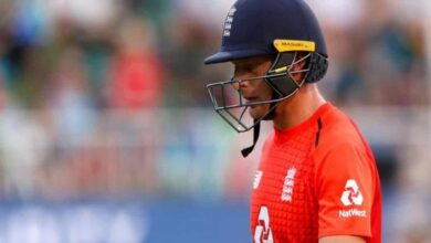 Photo of Buttler needs to score runs or step aside: Paul Farbrace