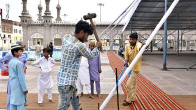 Photo of Government installing shed at Makkah Masjid