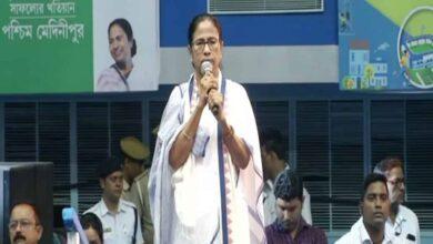 Photo of Coronavirus: Mamata Banerjee urges people not to panic