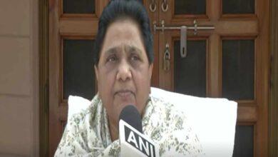 Photo of Mayawati praises arrests of 12 in Azamgarh case