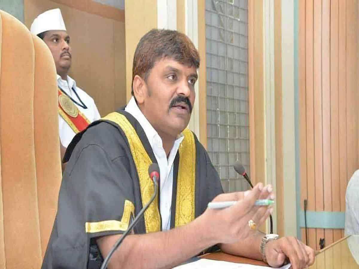Hyderabad Mayor seeks public support for the lock down