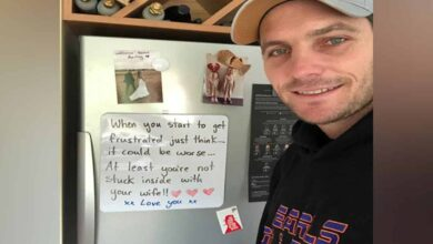 Photo of Wife leaves note for self-isolated Mitchell McClenaghan