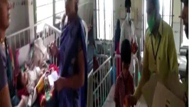 Photo of Faiz-e-Aam trust distributes food at Niloufer Hospital
