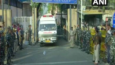 Photo of Bodies of Nirbhaya convicts taken to hospital for post mortem
