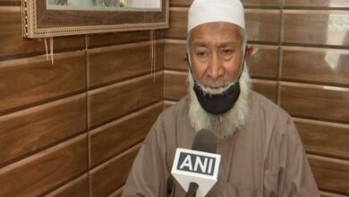 Photo of Dehradun's Sheher Qazi urges Muslims to offer Namaz at home