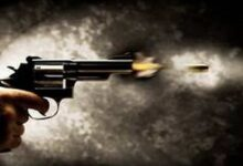Photo of Man shoots sister 'for honour' in Karachi