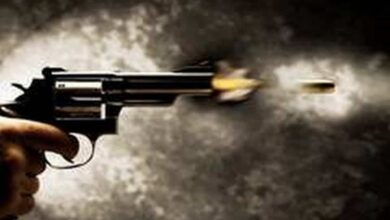 Photo of Man shoots sister 'for honour' in Karachi