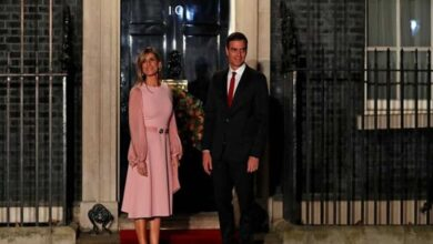 Photo of Spanish PM's wife tests positive for coronavirus