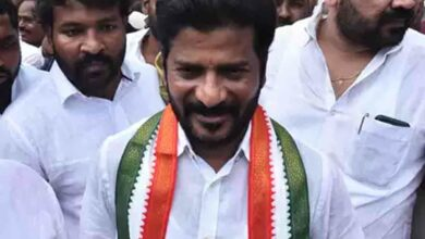 Photo of Revanth Reddy arrested at TRS leader's farmhouse in Ranga Reddy