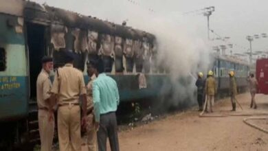 Photo of Fire breaks out in train at Moula Ali Railway Station