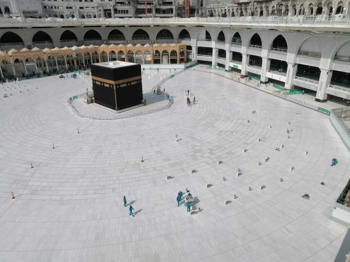कोरोना वायरस: इस्लाम के सबसे पवित्र स्थल को सऊदी अरब ने खाली कराया 4