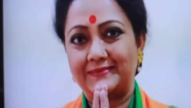 Photo of Bengali actress quits BJP over Delhi violence