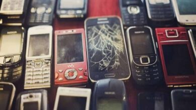 Photo of Scientists recycle cell phones to make new lithium batteries