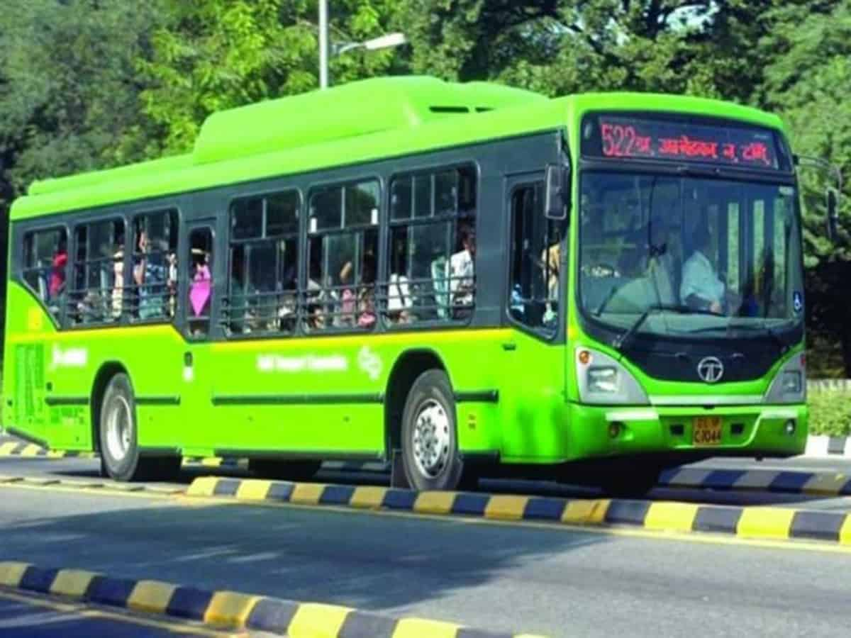 Staff of DTC, cluster buses provided with masks, hand sanitisers