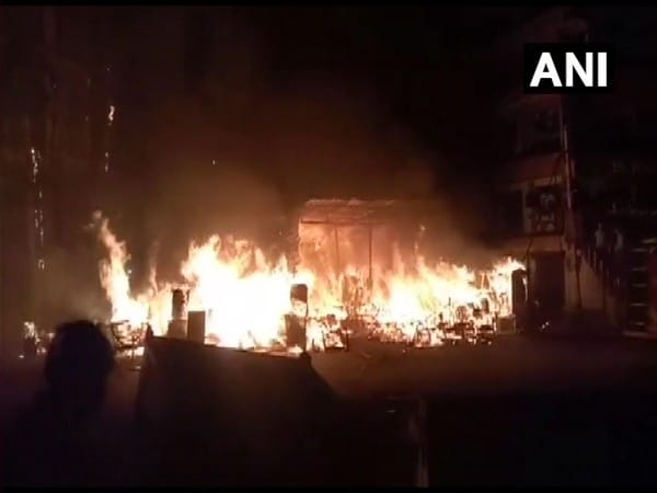 Massive fire breaks out at Delhi's Shaheen Bagh