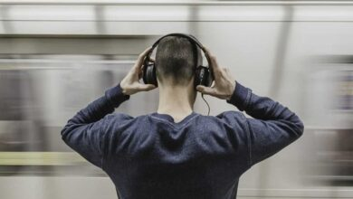Photo of Scientists show how brain differentiates lyrics from music