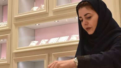 Photo of Saudi women find more jobs as society opens up