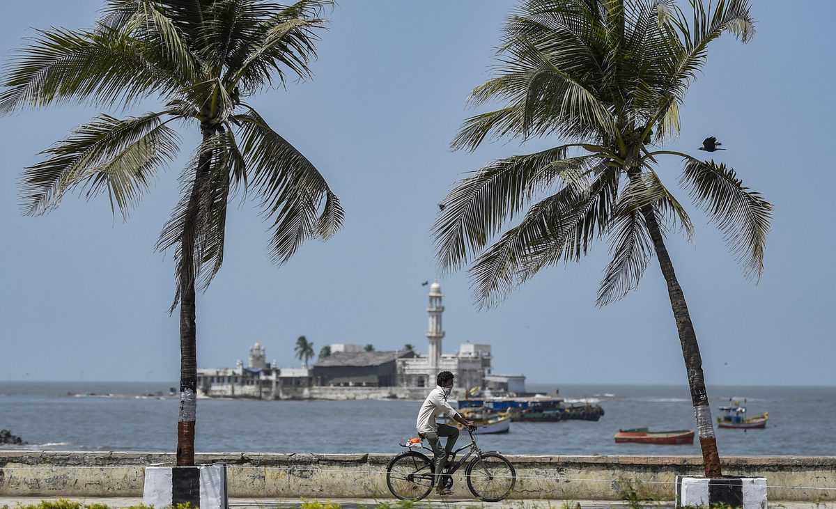 Photos: Lockdown in Mumbai