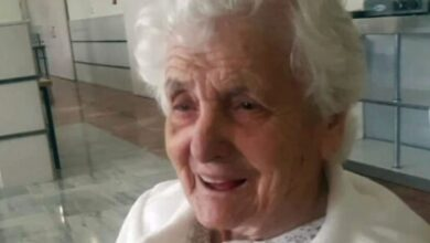 Photo of 106-year-old woman who survived Spanish Flu beats COVID-19 too