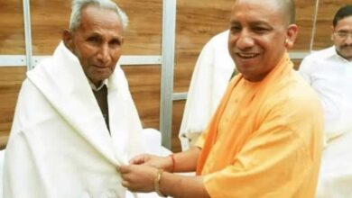 Photo of COVID-19 effect: Yogi says can't attend father's funeral