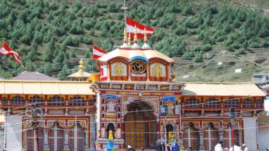 Photo of UP seer demands opening of Badrinath shrine on scheduled date