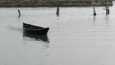 Photo of 3 killed as boat capsizes in Yamuna