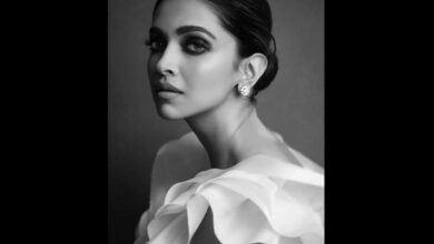 Photo of Deepika Padukone, Prabhas to star in multilingual sci-fi film